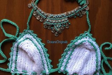 Crochet bikini top. Free pattern.